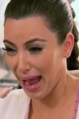 Kim-Kardashian-Crying-266x400